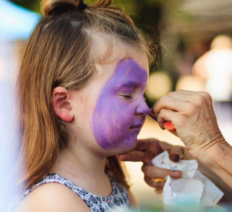 Face-Painting-Makes-Children-Events-Special