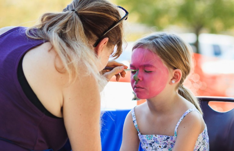 Choosing-the-Right-Face-Painter